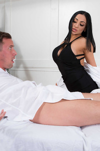 Let's Get Physical With Audrey Bitoni