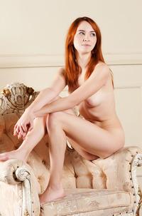 Presenting Hairy Redhead Kelly G