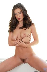 Stacked Busty Babe Lana Rhoades