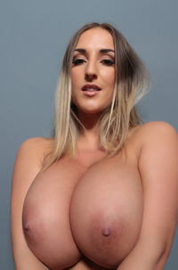 Stacey Poole - Perfect Natural Size