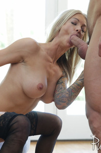 Synthia Fixx Loves Crazy Anal Fuck