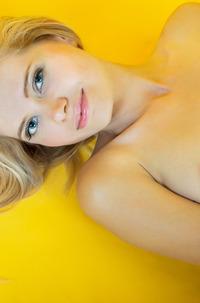 Nude Blond Angel Madlen