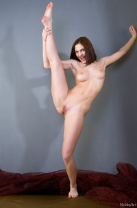 Young Girl Tyna Teasing With Long Legs