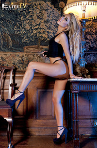 Lori Buckby - Glamour World
