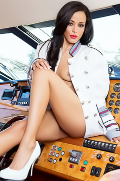 Captain Layla Sin
