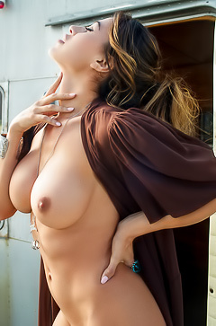 Busty Ana Cheri