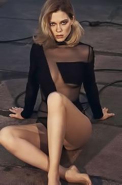 Naked Lea Seydoux