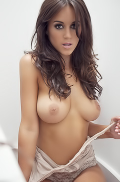 Rosie Jones shows her boobs