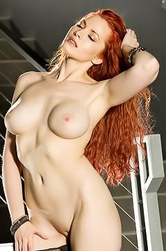Red haired Kinsey Elizabeth