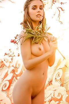 Amberleigh West - erotic amateur