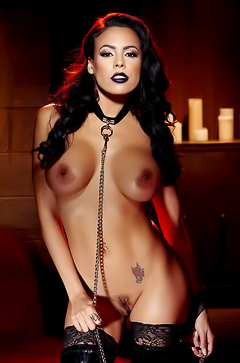 Boobed asian Luna Star in latex