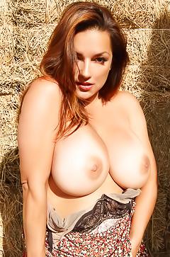 Sexy boobed Monica Mendez