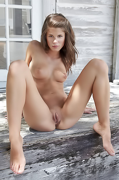 Sexy and nude Caprice outdoor