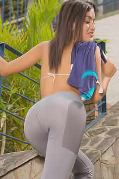 Camila Saint Sexy Sports Body