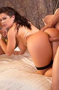 Keisha Grey gets two dicks