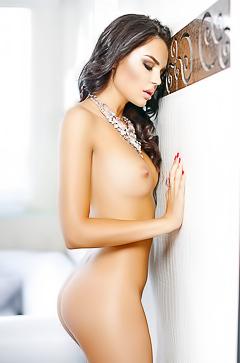 Stunning lady Inessa Tushkanova