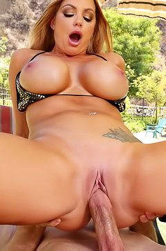 Busty Brooklyn Chase is fucking in the pool