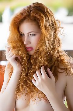 Nude redhead Heidi Romanova