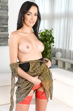 Francys Belle upskirts red stockings