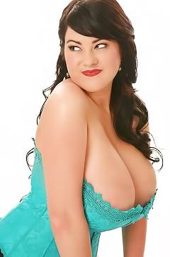 Rachel Aldana - sexy melons