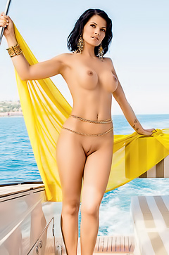 Ana Dravinec - naked on her yacht