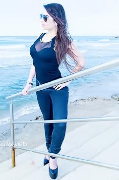 Clara Sweet - hot beach pics