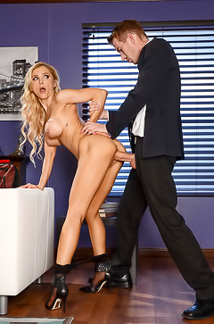 Alix Lynx fucking in office