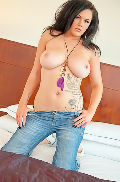 Paige E in blue jeans