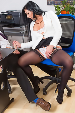 Candi Kayne fucking in office