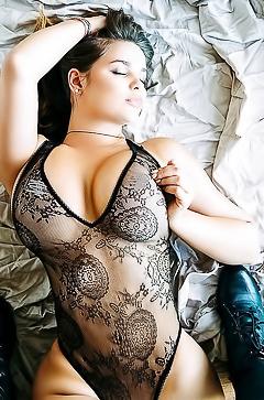 Russian boobed babe Anastasiya Kvitko