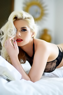 blond with sexy red lips