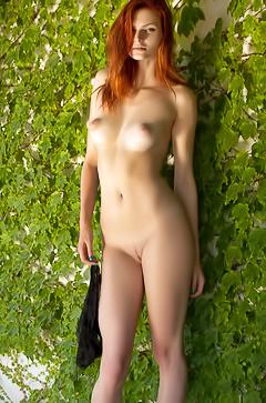 Klarissa - redhead naked beauty