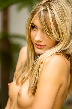 Beauty Blonde Kenna James