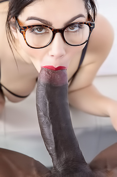 Big black dick for Valentina Nappi