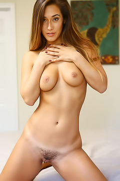 Eva Lovia is showing her young body