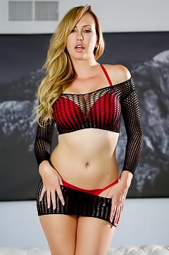 Glamour Brett Rossi in sexy lingerie