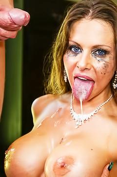 Rachel Roxxx - hardcore throat fucking