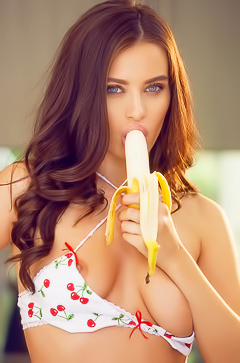Lana Rhoades playing with banana
