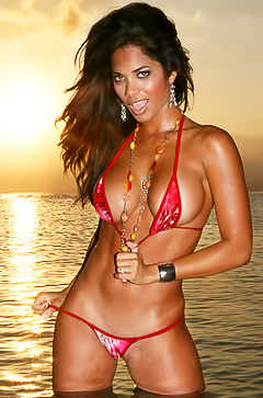 Juliet Cabrera - sunset bikini shoots