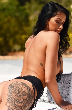 Glamour Anya Leigh shows tattoo on butt