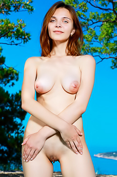 Russian beauty Olga Rich