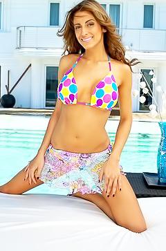 Kaitlynn Cole posing in sexy bikini