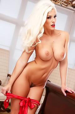 Perfect busty blond Blanche Bradburry