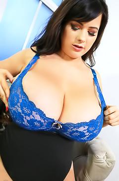 Rachel Aldana Strips Her Sexy Blue Bra