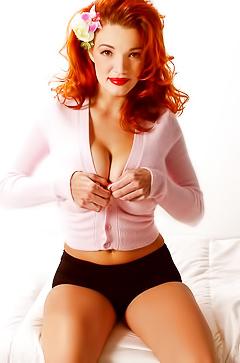 Super Boobed Redhead Peng Danielle Riley