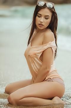 Playboy Babe Niemira