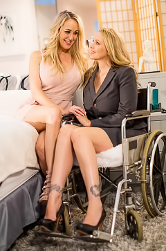 Hot lesbians Julia Ann and Brandi Love