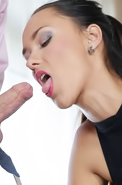 Victoria Sweet feeling huge dick inside her vagina