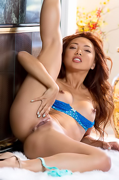 Hot Asian Brunette Ayumi Anime