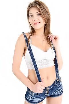 Hot Young Teen Gulia G